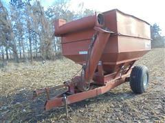 M&W Grain Cart