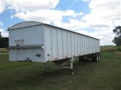 1980 Alloy T/A Grain Hopper Trailer