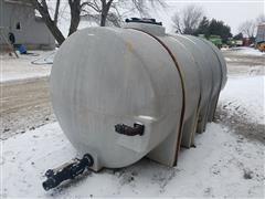 1,600 Gallon Poly Storage Tank