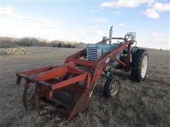 1952 Oliver 880 Diesel 2WD Tractor w/Loader