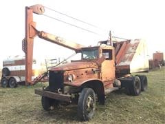 1957 GMC Shield Bantam T35 Backhoe Crane