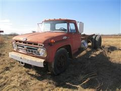 1966 Ford F602 Cab & Chassis