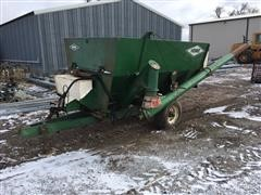 Henke BH10 Feeder Wagon With Scale And Auger
