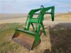 2000 John Deere 740 Loader With Bucket
