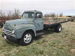 1951 International L160 Flatbed Truck