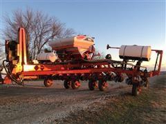 2014 White - MF 9812 Planter