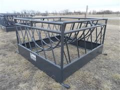 Linn Post and Pipe Haysaver Bale Feeder