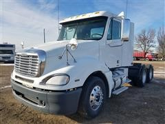 2009 Freightliner Columbia CL120 T/A Truck Tractor