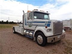 1987 White Tow Truck