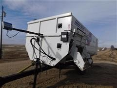 2015 Roto Mix 620-16XD Feeder Mixer Wagon