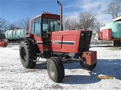 1982 International 5288 2WD Tractor