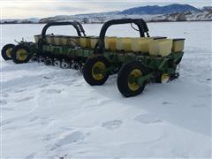 John Deere 7100 12 Row Planter