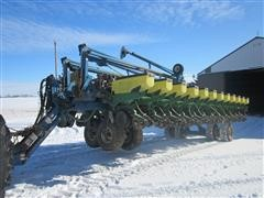 1995 Kinze 2700 24 Row Planter