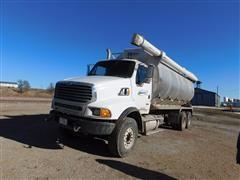 2009 Sterling LT8500 T/A Bulk Feed Truck