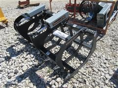 """2016 Tomahawk 72"""" Twin Grapple Skid Steer Attachment"""