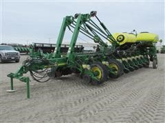 2011 John Deere 1770NT 24 Row Planter