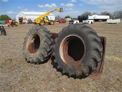 14.9x26 Bar Cleat Tires